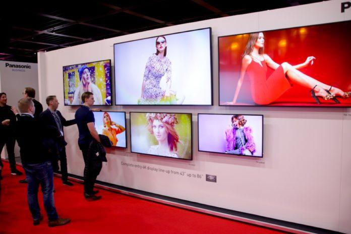Panasonic EQ1, i nuovi monitor 4K per professionisti