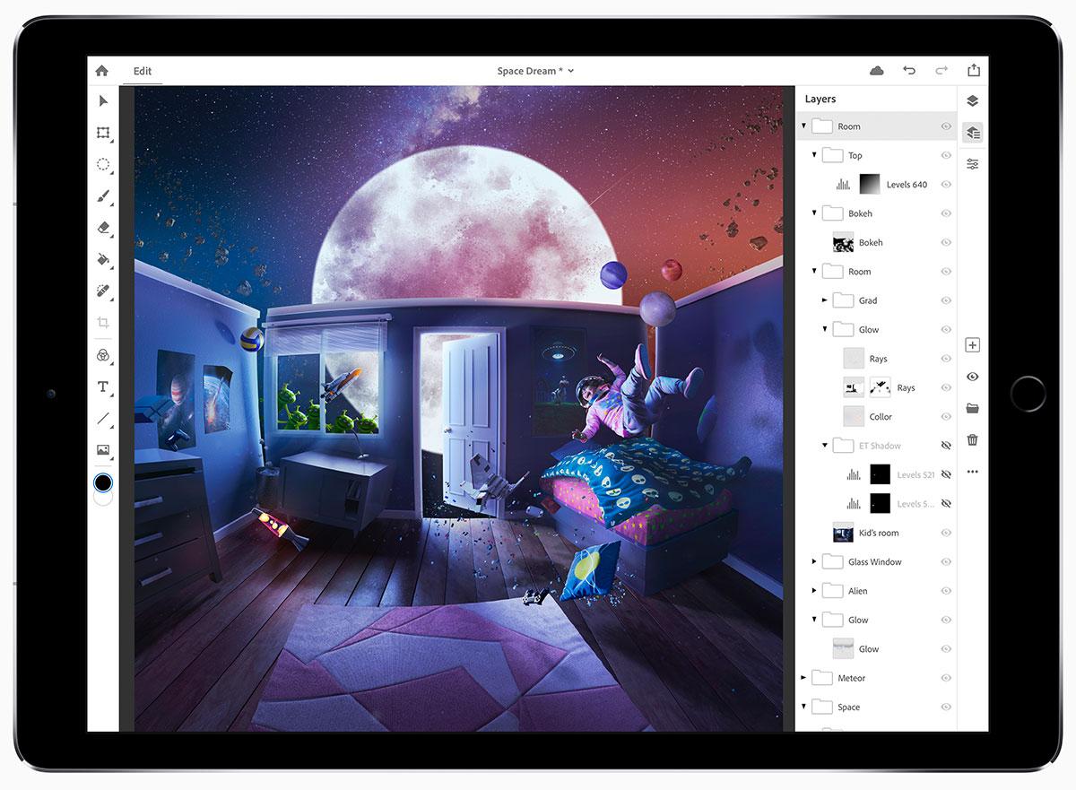 Photoshop CC per iPad permette di aprire e lavofasre con file PSD usando i tradizionali strumenti di Photoshop, inclusa la possibilità di gestire livelli.