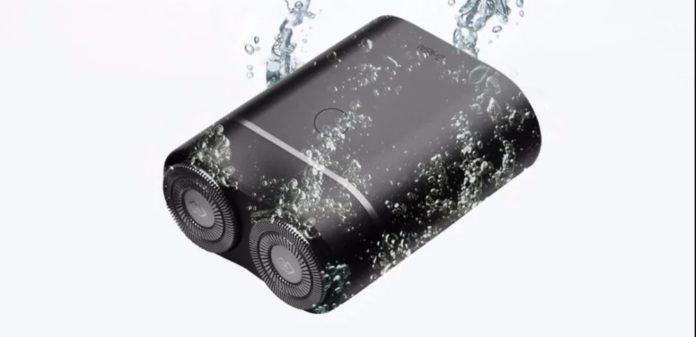 Rasoio elettrico Xiaomi Youpin  da viaggio a due testine: solo 16 euro