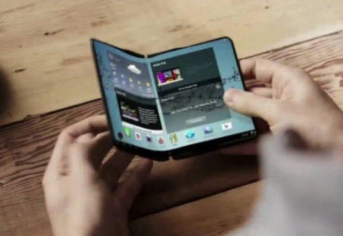 Samsung «Il telefono pieghevole sarà un tablet che sta in una tasca»