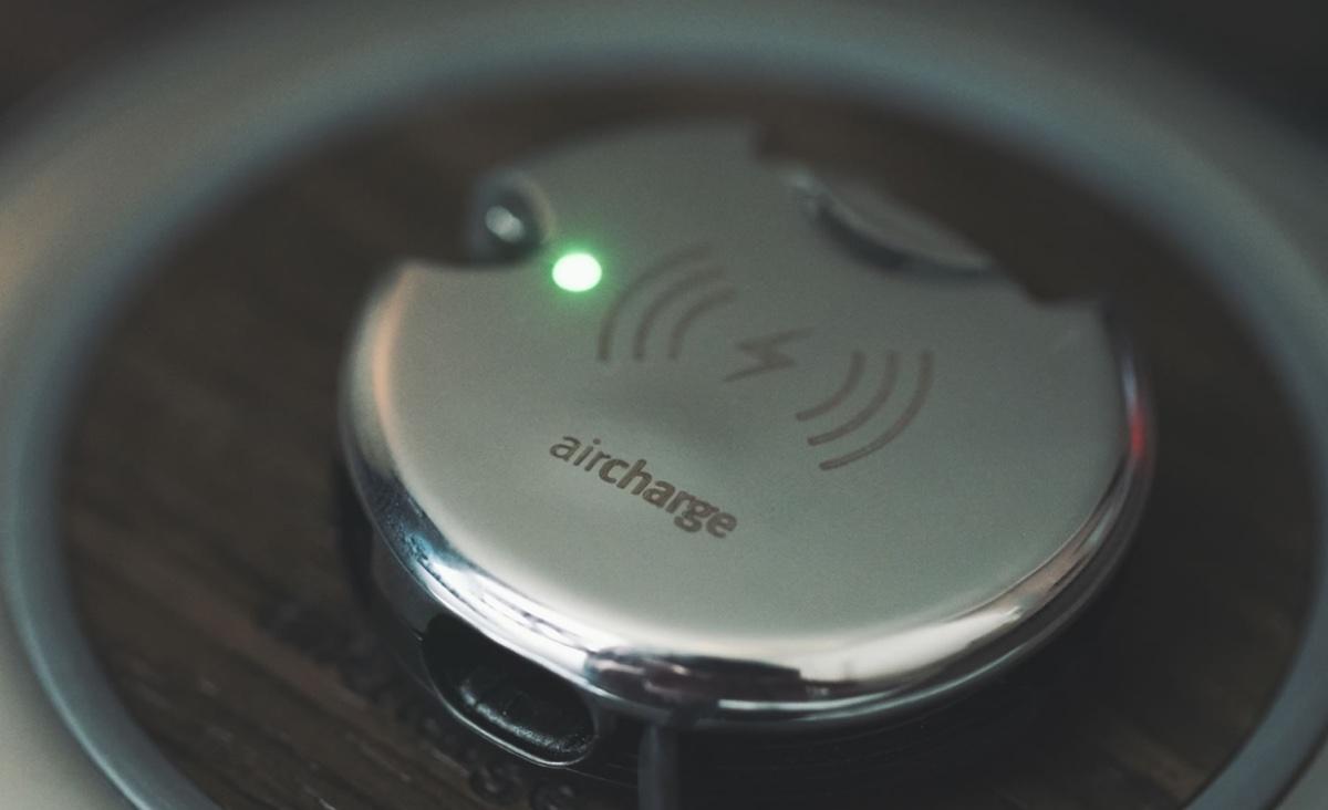 La ricarica wireless debutta a bordo dei treni South Western Railway, nel Regno Unito