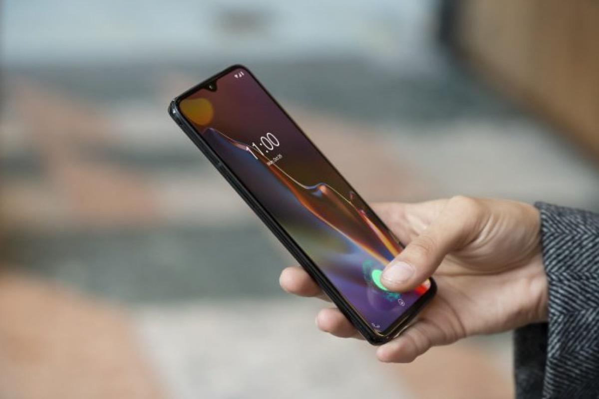 OnePlus 6T a 472 euro, Xiaomi Mi Mix 3 a 495 euro: gli sconti di GearBest