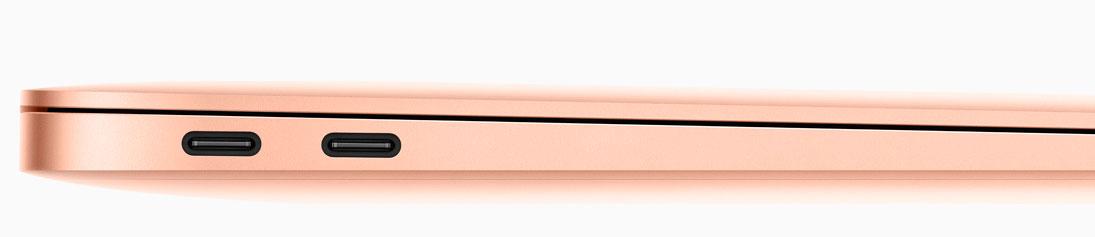 Le due porte Thunderolt 3 del MacBook Air 2018