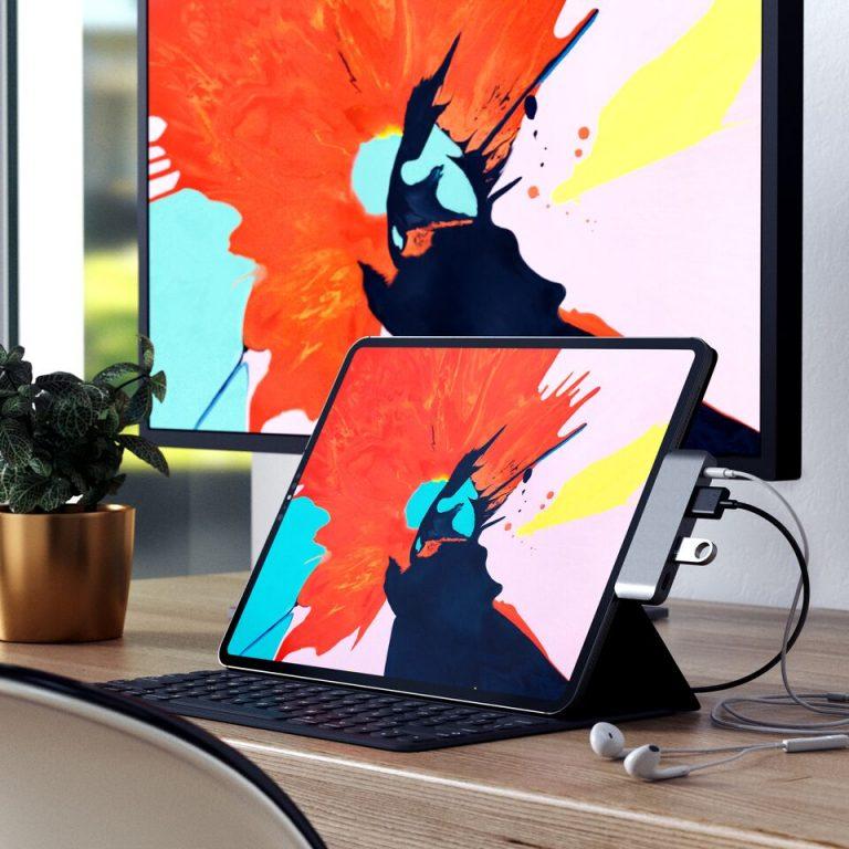 Satechi hub USB-C aggiunge HDMI, porte USB e jack cuffie ad iPad Pro 2018