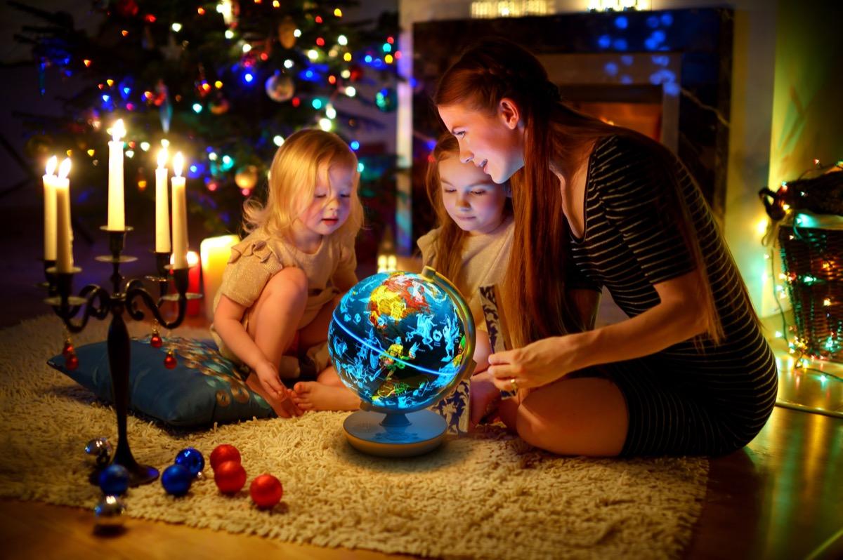 SmartGlobe, il mappamondo di Oregon Scientific prende vita con l'AR