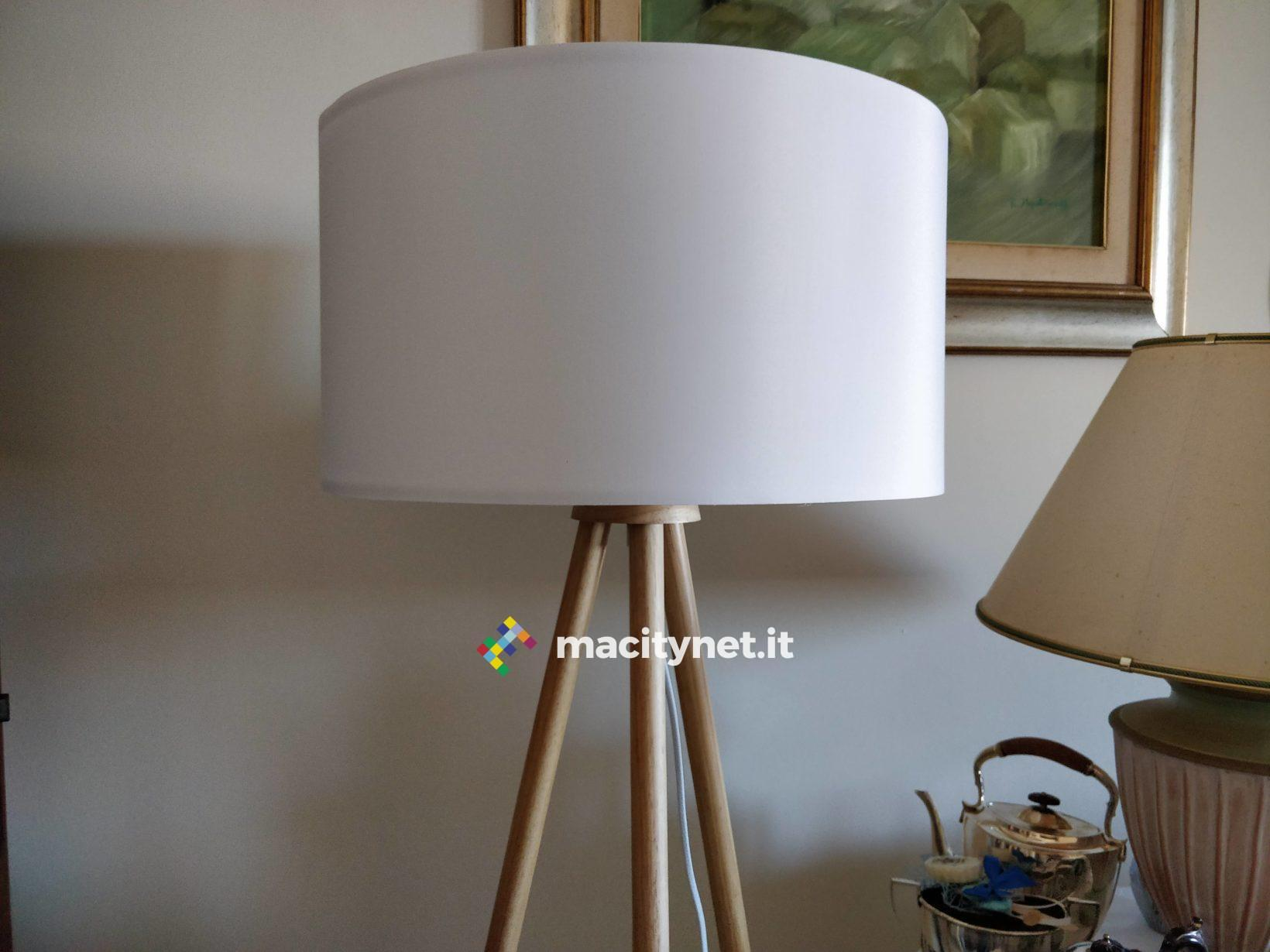 Enja lampada da terra neordic enja una luce con paralume in