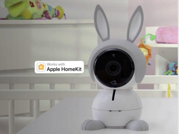 La telecamera Arlo Baby ora ha 5 novità su Homekit e funziona con Siri, Alexa e Assistente Google