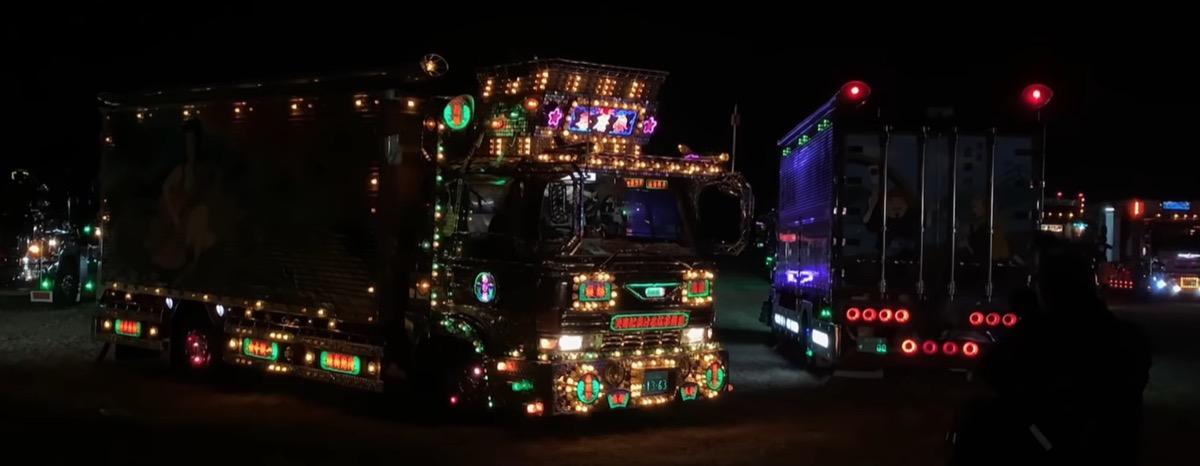 """Un camion pieno di luci nel nuovo video Apple """"Scattato con iPhone"""""""