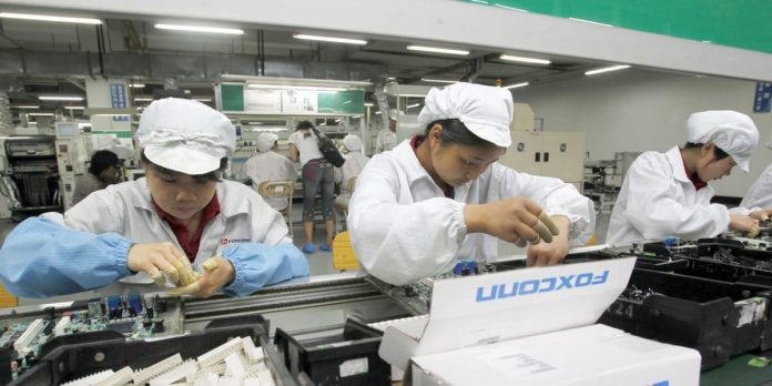 Produzione iPhone in Vietnam come via di fuga dalla guerra commerciale Cina-USA