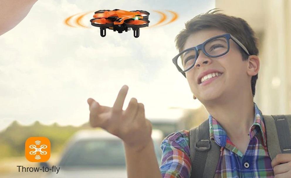 Helifar H803, il mini drone low cost che evita gli ostacoli, perfetto per i novizi