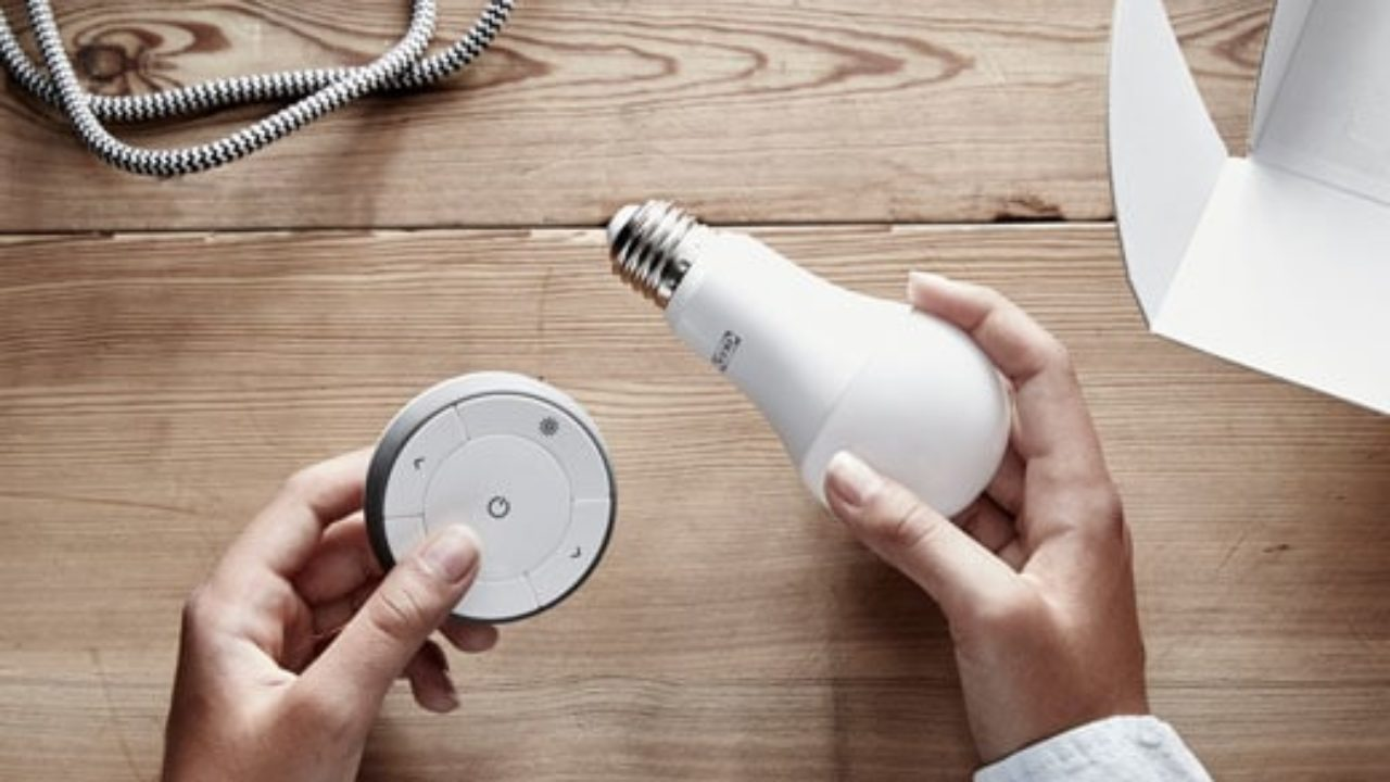 Accensione Lampadario Con Telecomando come funziona il sistema trådfri per le luci smart ikea in