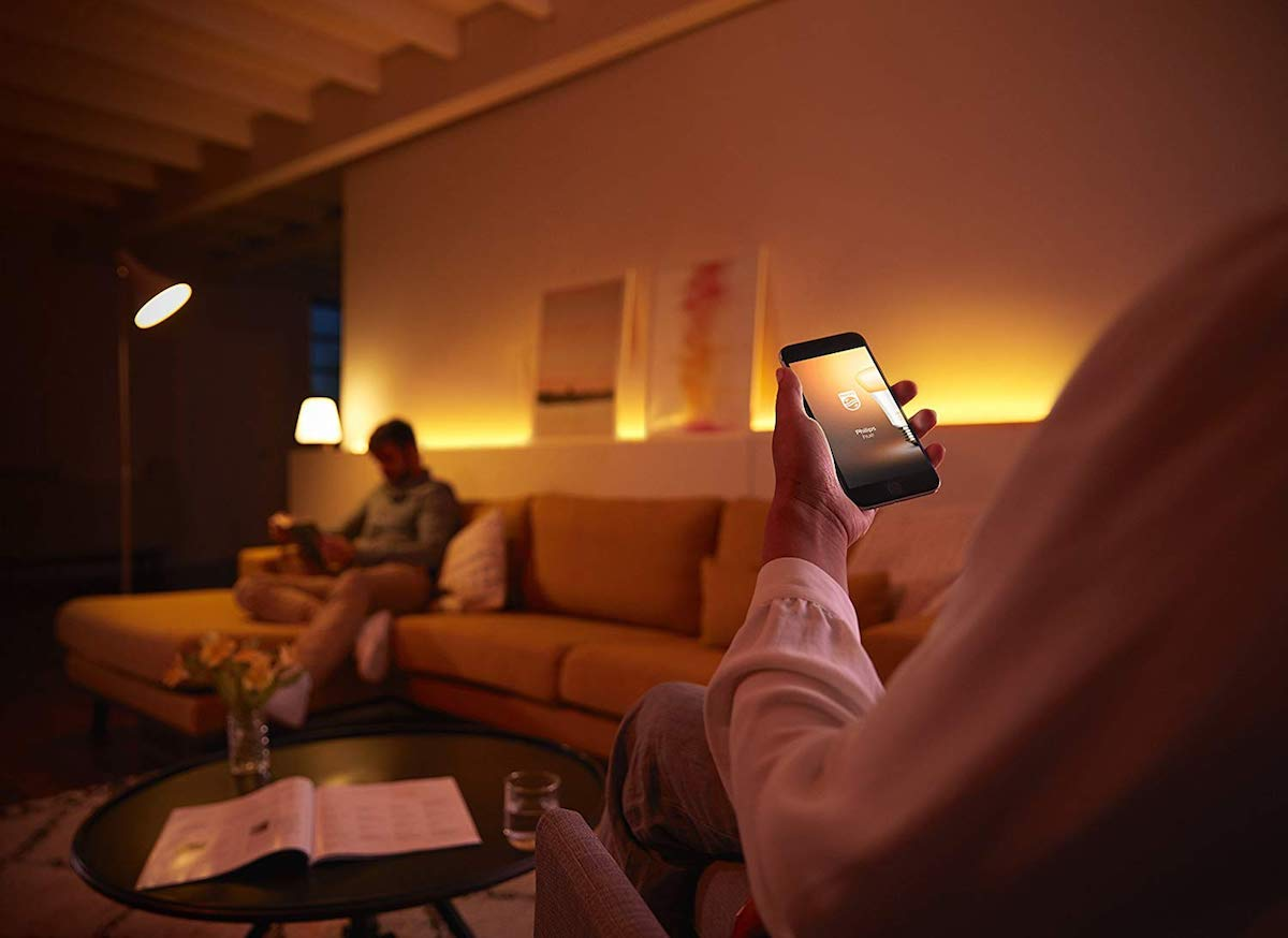 Candele, luci colorate o hi-tech? Le migliori soluzioni per accendere il Natale