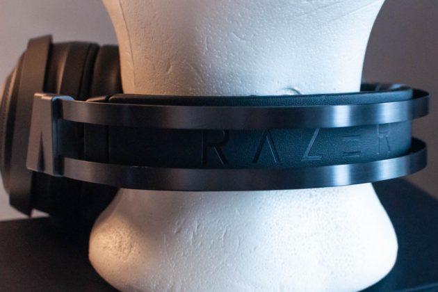 Razer Nari Ultimate, recensione delle cuffie Aptiche per gamer