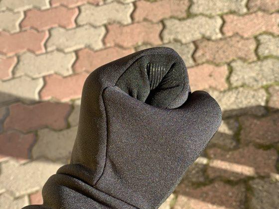 Ecco come vestono i guanti All-new Touchscreen Gloves di Mujjo