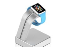 Dock in alluminio per Apple Watch, stabile e robusto: sconto a 10,99 euro
