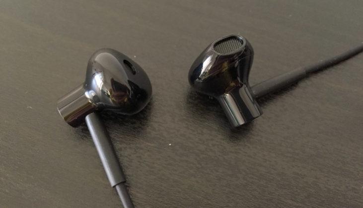 Recensione Xiaomi Mi Neckband, le cuffie che sembrano EarPods, ma con collana
