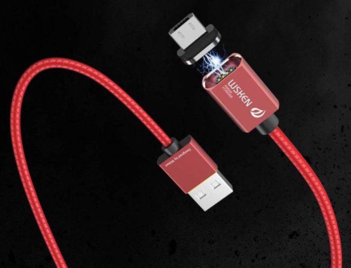 Cavo con doppia spina magnetica, USB-C e microUSB: sconto a 9,09 euro