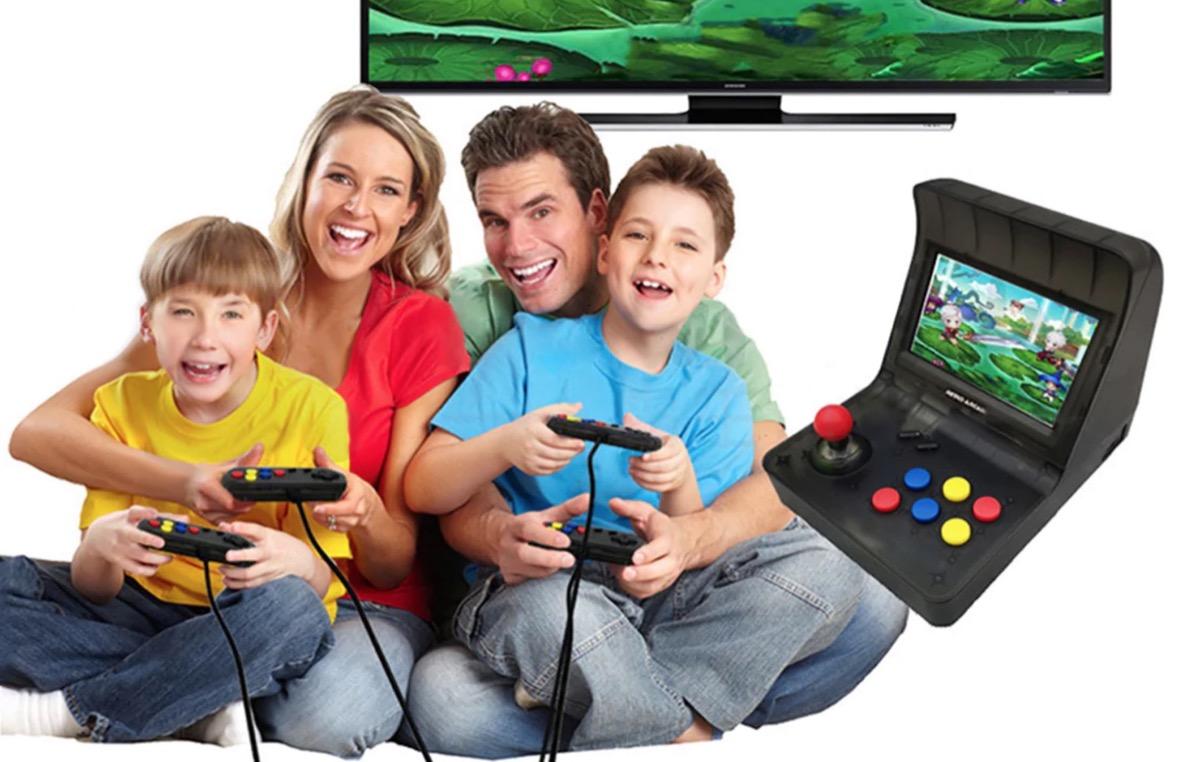 Console retrò con 3.000 giochi inclusi, funziona anche senza TV