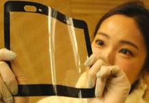 Al CES di Las Vegas il film plastico per i display dei futuri smartphone pieghevoli