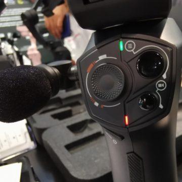 Visto al CES 2019: Snoppa Atom è il gymbal pieghevole per smartphone con microfono e attacco smart