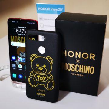 Honor View 20: unboxing, primi scatti, varianti colore e cover Moschino