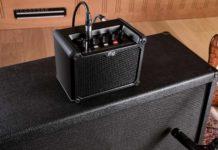 iRig Micro Amp, amplificatore per chitarra da 15W a batteria con interfaccia iOS/USB