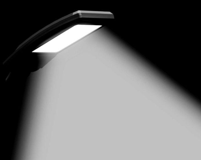 Lampada da tavolo LED con controlli touch in sconto a 14,99 euro