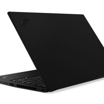 Lenovo ThinkPad X1 Carbon è più leggero di MacBook Air ma con schermo più grande