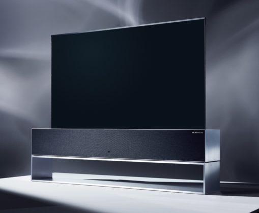 LG OLED TV R, il primo televisore arrotolabile al CES 2019