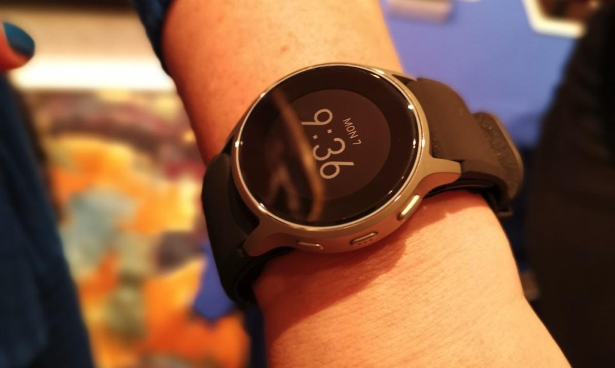 Al CES 2019 Omron HeartGuide, lo smartwatch che misura la pressione sanguigna