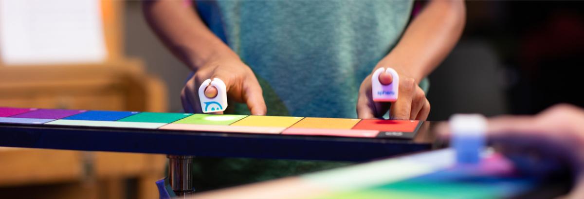 Sphero Specdrums, al CES 2019 l'anello connesso per fare musica coi colori