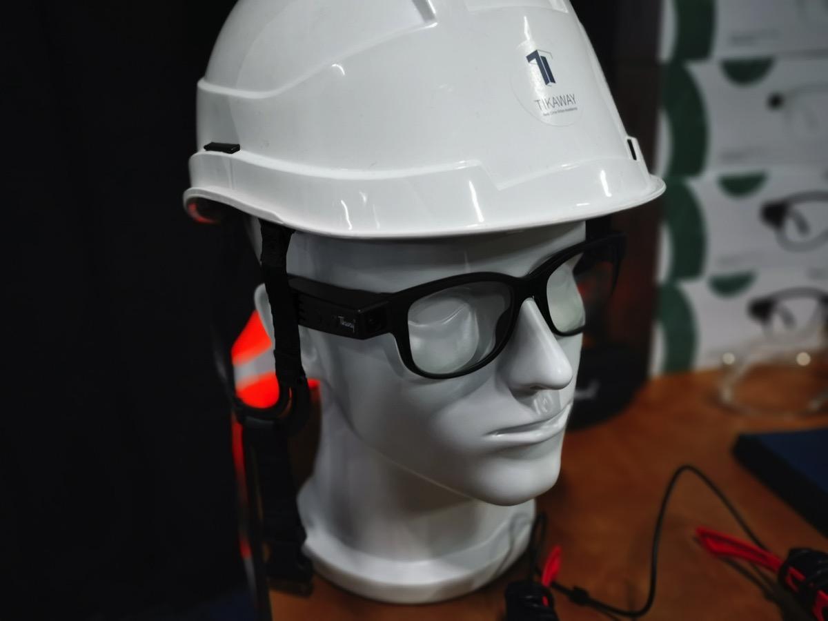 Tikaway, al CES 2019 gli occhiali che teletrasportano gli esperti sul campo