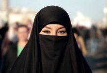 Apartheid di genere, Apple e Google accusate di sostenere un'app che traccia gli spostamenti delle donne saudite