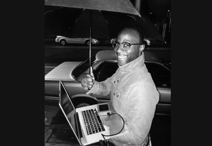 Il regista da Oscar Barry Jenkis ha utilizzato MacBook Pro per produrre Moonlight
