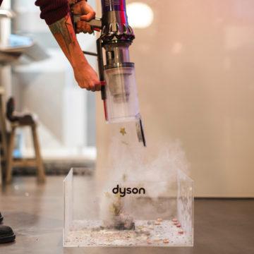 Dyson Cyclone V10, giro di prova con l'aspirapolvere hi-tech più desiderato