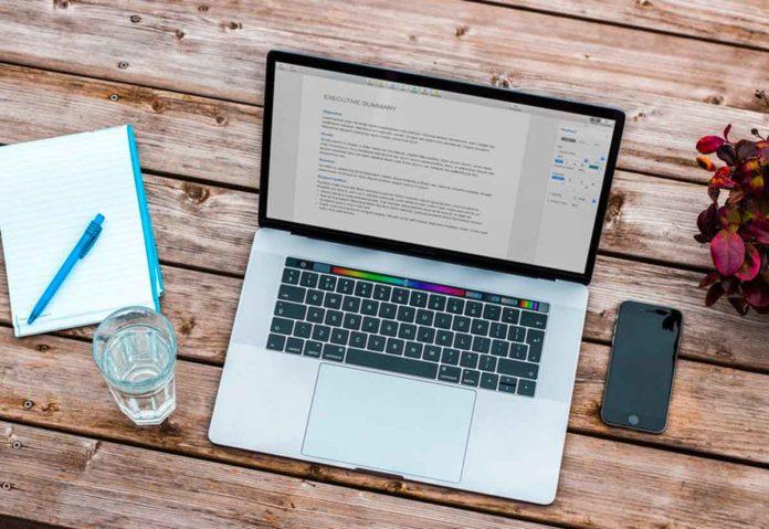 Apple, quest'anno un MacBook Pro da 16″ e un monitor 32″ con risoluzione 6K