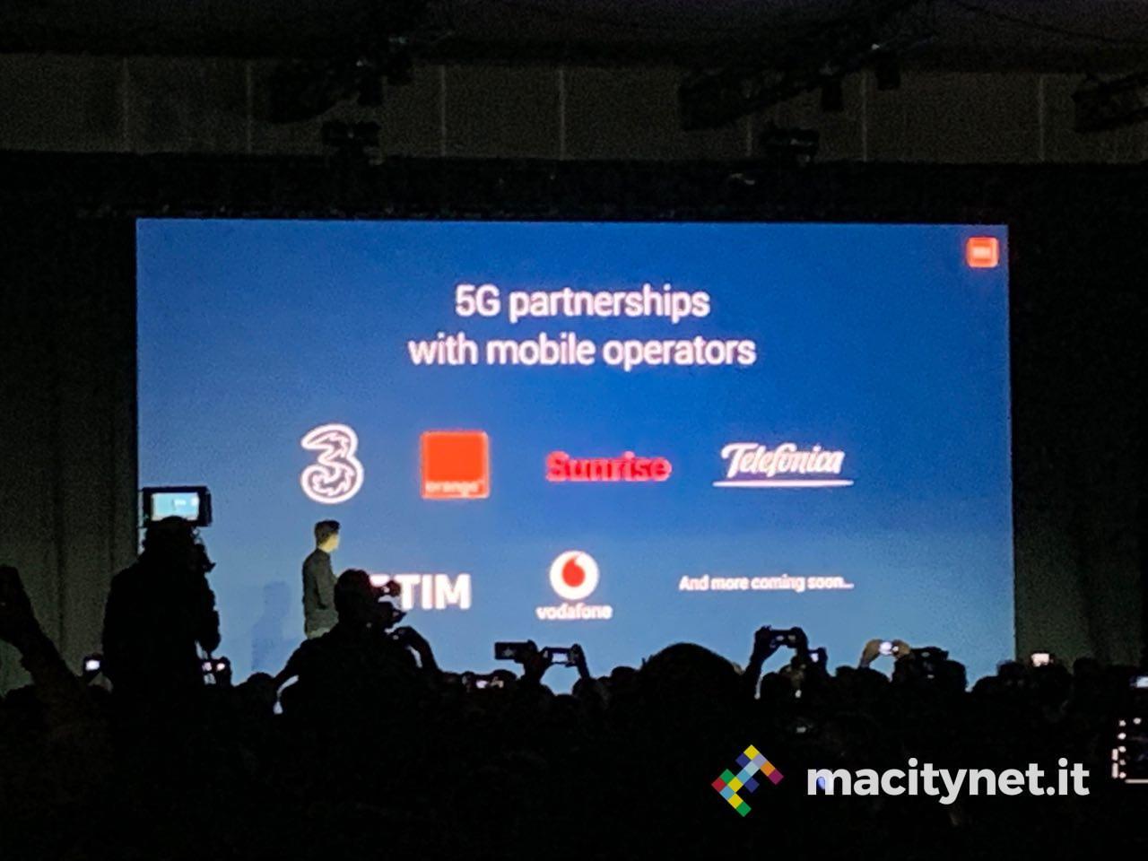 Xiaomi Mi Mix 3 5G: supporto a Tim, 3 e Vofadone, a partire da 599 euro