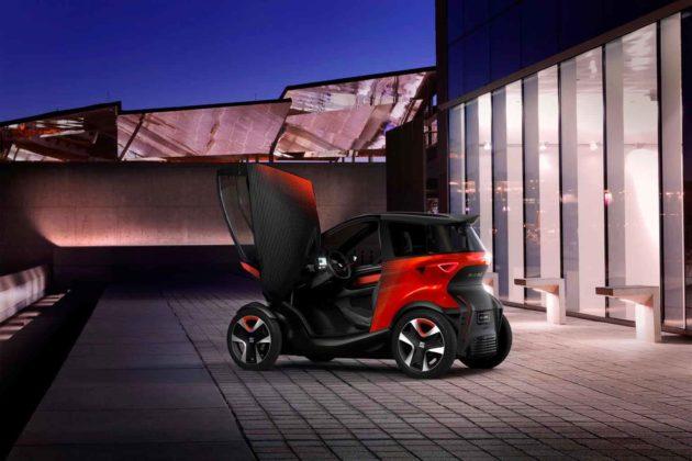 SEAT Minimò è un veicolo 100% elettrico che combina il meglio di auto e moto