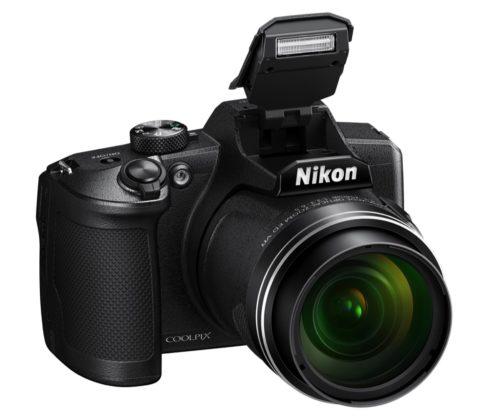 Nikon Coolpix B600, fotocamera da viaggio con super-zoom 60x