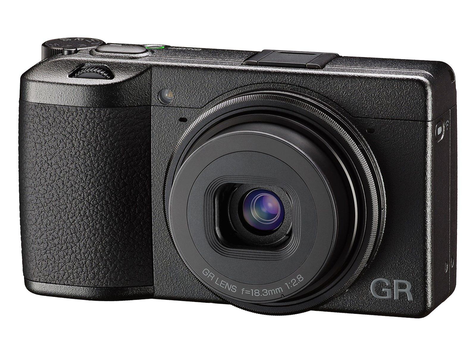 Ricoh GR III in vendita la terza generazione della compatta premium di Ricoh