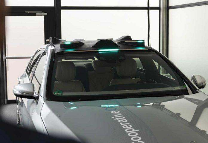 segnalazioni luminose per le auto a guida autonoma