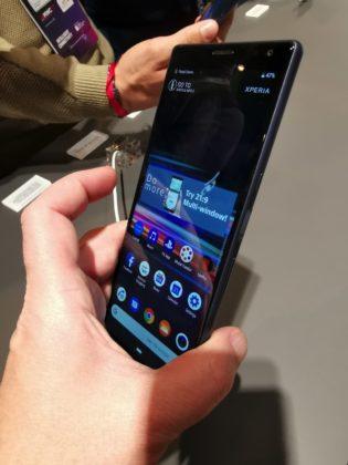 Sony Xperia 10 e 10 Plus, i medio gamma con schermo da cinema: MWC 2019