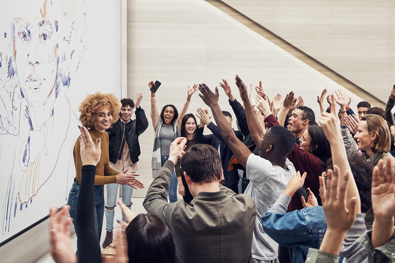 Today at Apple in rosa: Apple celebra la creatività femminile nella Giornata della donna