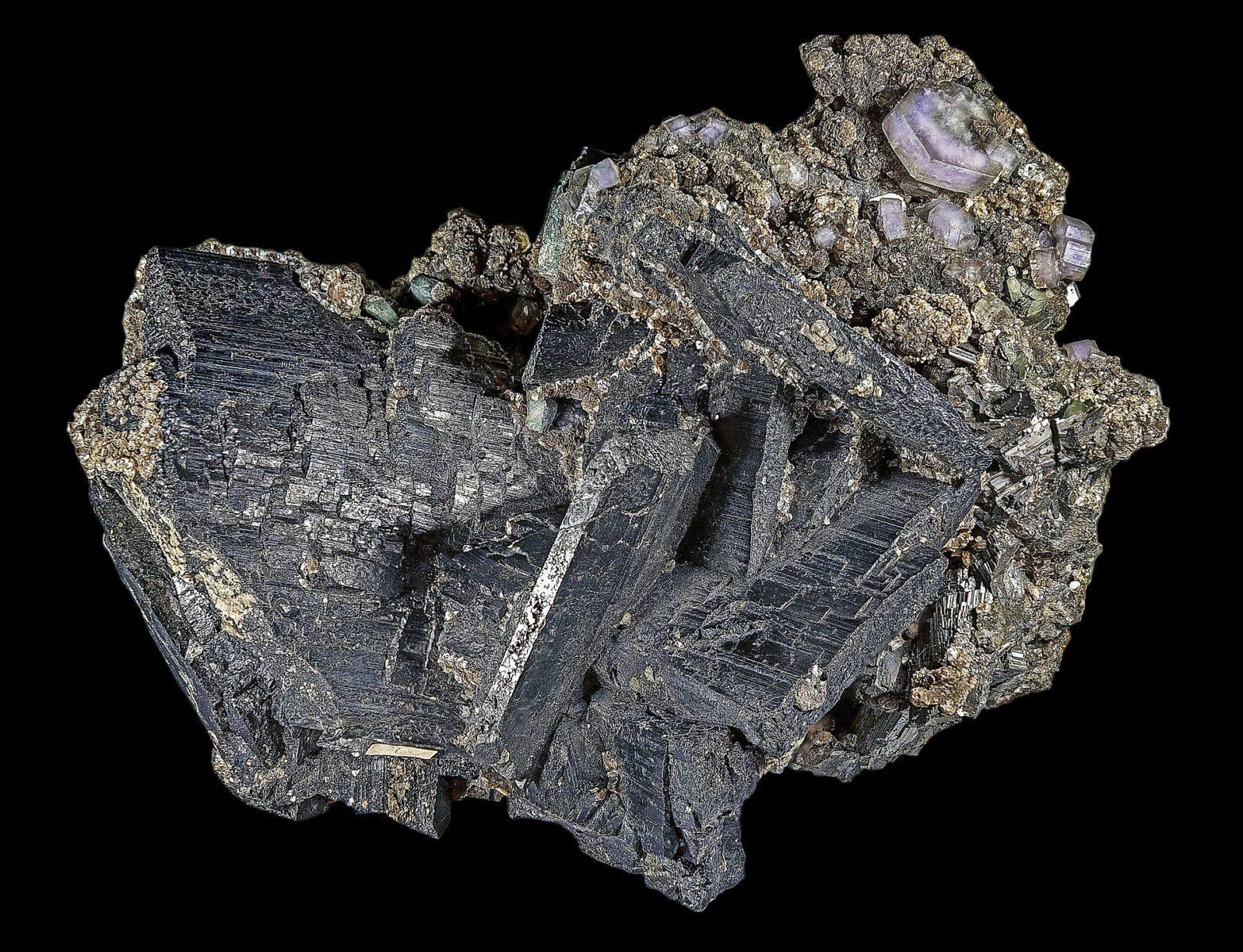 La wolframite è una delle principali fonti di tungsteno. Foto: Wikipedia