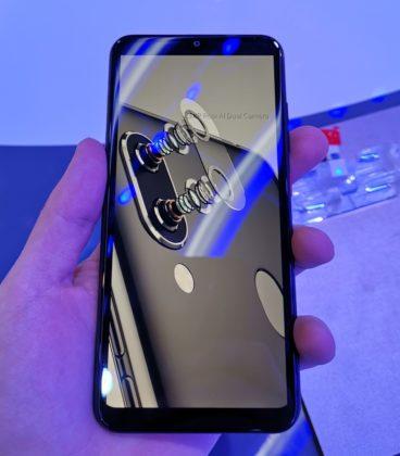 ZTE Blade V10, smartphone con AI Smart Selfie da 32 MP al MWC 2019