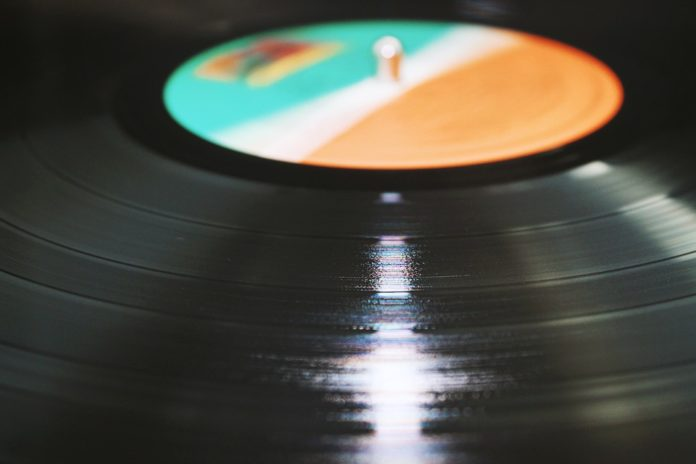 Vinili e CD più popolari dei download iTunes