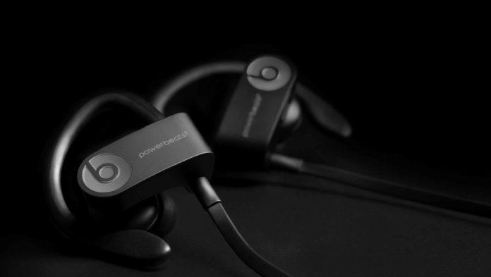 L'attuale versione degli auricolari Powerbeats3 Wireless