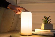 Lampada LED con controlli touch in sconto a 28,99 euro spedita