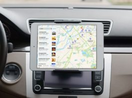 I migliori supporti iPad per auto