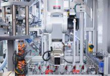 Daisy è un robot in grado di smontare e riciclare i componenti di vari iPhone